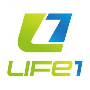 LIFE1-szines-szinatmenetes-vertikalis-logo