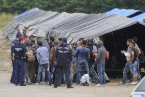 20150625roszke-2015-junius-25rendorok-elfogott